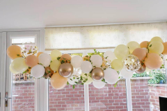 One of our gorgeous neutral organic garlands